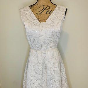 Beautiful event dress!
